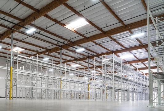 Empty light warehouse