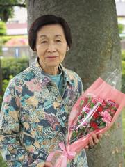 81歳の母と娘からの母の日のお祝いのお花