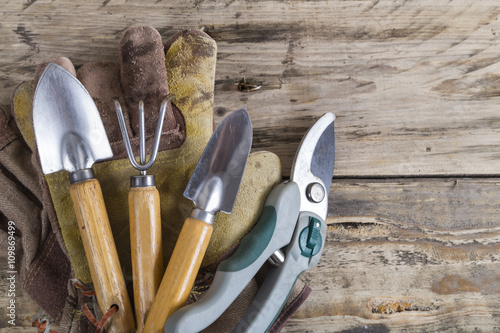 Gardening tools and equipment fotolia for Gardening tools list 94