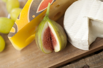 fig with cheese