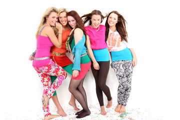 junge Frauen feiern eine Party