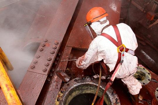 ouvrier maintenance