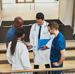 Group of doctors in an impromptu meeting