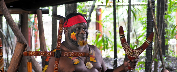 Yirrganydji Aboriginal warrior explain about the different kinds