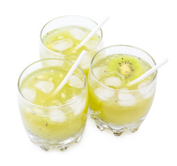 Drink from a kiwi and a lemon on a