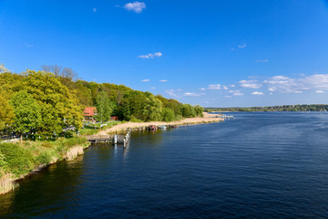 Havelufer in Werder (Havel) im Frühling