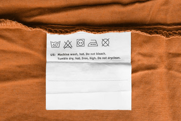 Wall Mural - Washing instructions label