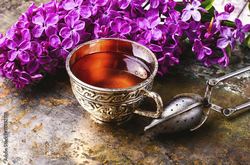 Wall mural tea and lilac