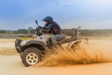 Deurstickers Motorsport Racing ATV is sand.