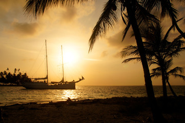 Boat at Sunset, Panama