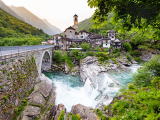 Lavertezzo im Valle Verzasca, Tessin, Schweiz