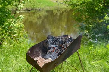 Приготовление шашлыка на природе