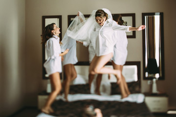 Girls are going crazy before wedding