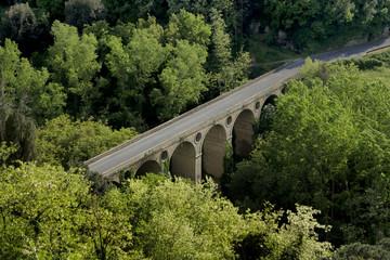 Brücke bei Pitigliano, Italien