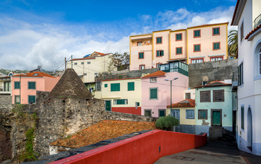 Old town traditional houses of Camara de Lobos