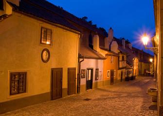Złota Uliczka wieczorem-Praga