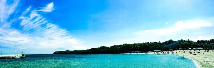 panorama nad brzegiem morza