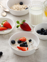 morning oat with strawberries