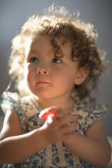 Young girl, praying