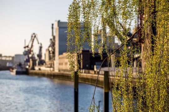 Romantischer Anblick in der Überseestadt in Bremen