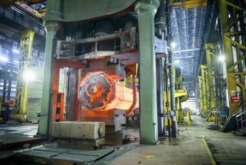 10,000 tonne open die forging press in steelworks