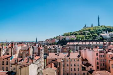Vue de Lyon et de la colline de Fourvière de la Croix-Rousse