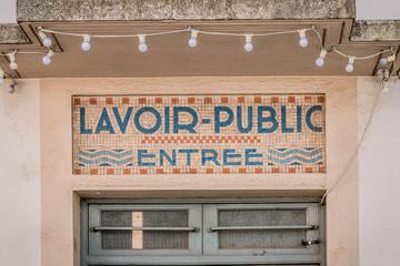 Photos illustrations et vid os de lavoir - Bains douches municipaux ...