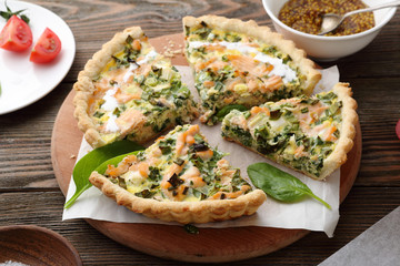 quiche with smoked salmon and spinach