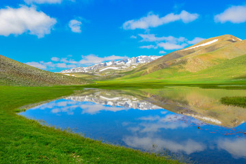 dağların yansıması ve doyumsuz manzara keyfi