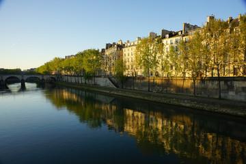Paris Monument 128