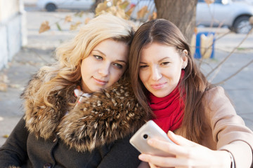 selfie  of young girls