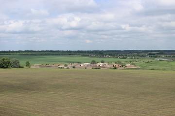 Ферма в поле