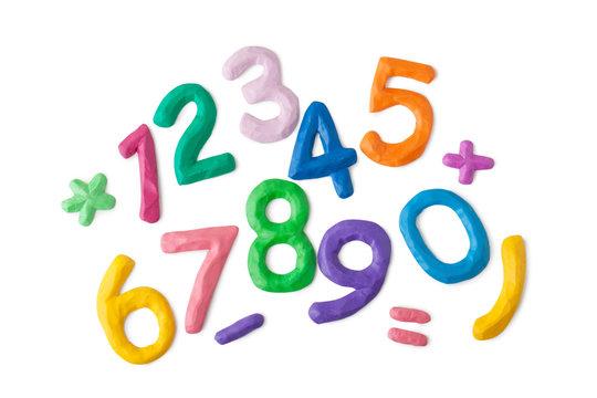 Яркие цифры из пласилина
