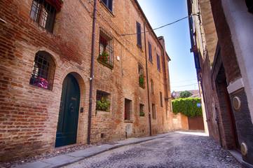 Ferrara HDR. Città medievale