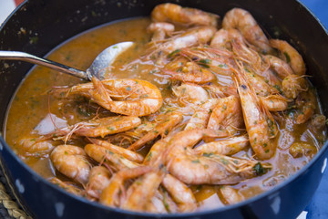 Spicy soup with shrimp