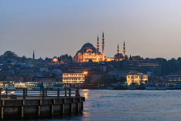 Fototapete - The Süleymaniye Mosque in Istanbul Turkey