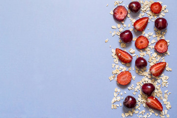 Oat flakes with strawberry and cherry