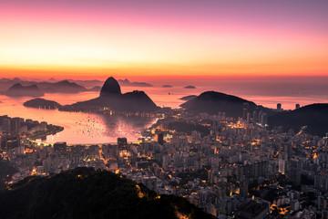 Fototapete - Rio de Janeiro just before Sunrise, City Lights, and Sugarloaf Mountain