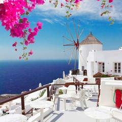 Obraz windmill of Oia, Santorini - fototapety do salonu