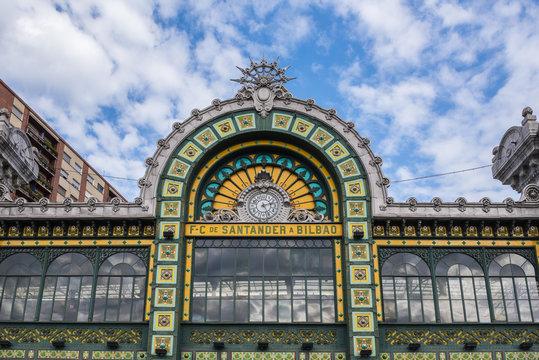 Estación de tren de Abando, Bilbao (España)
