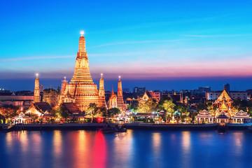Aluminium Prints Bangkok Wat Arun night view Temple in bangkok, Thailand