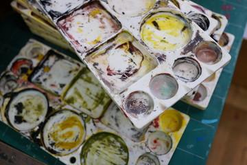 美術 汚れたパレット 絵画 図工 芸術
