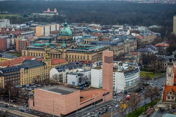 Skyline von Leipzig an einem bewölkten Tag