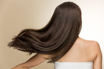 動きのある美しい髪の毛