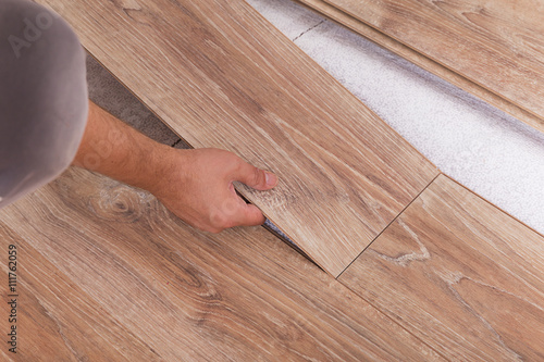 Installing Laminate Flooring Carpenter Lining Parquet Boards To