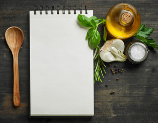 paper blocknot and food ingredients