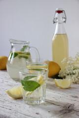 Sciroppo di sambuco e limone