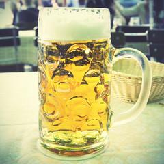 One liter beer mug