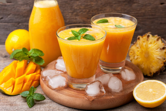 Tropical lemonade with mango  and mint