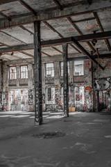 Spoed Foto op Canvas Oude verlaten gebouwen old factory room, abandoned industrial warehouse